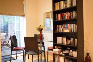 Spacious 1 Bedroom Apartment, Ferienwohnungen  London - big - 4