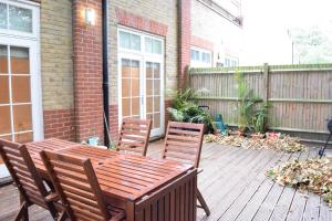 Spacious 1 Bedroom Apartment, Ferienwohnungen  London - big - 7