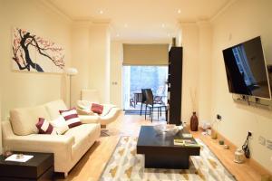 Spacious 1 Bedroom Apartment, Ferienwohnungen  London - big - 8