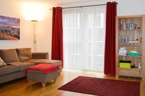 Modern 2 Bedroom Property in Central Edinburgh