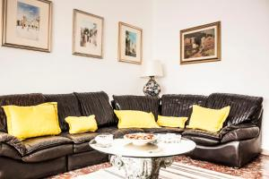 Taormina Caterina Apartments - AbcAlberghi.com