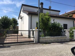 Villa Fosso Ghiaia - Mirabilandia - AbcAlberghi.com