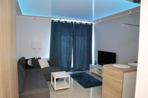 Sunny Apartment I