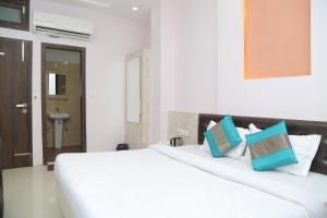 Hotel Golden Dreams, Hotel  Amritsar - big - 31