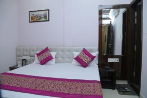 Hotel Golden Dreams, Hotel  Amritsar - big - 38