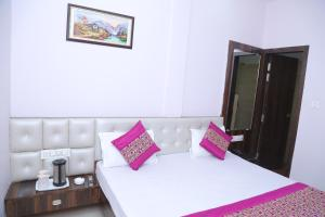 Hotel Golden Dreams, Hotel  Amritsar - big - 5