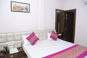 Hotel Golden Dreams, Hotel  Amritsar - big - 41