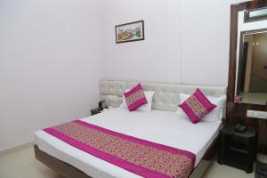 Hotel Golden Dreams, Hotel  Amritsar - big - 39