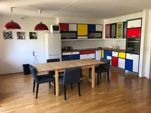 obrázek - City center Oslo - Colorful Apartment, Two bedrooms, 85mt