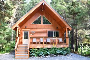 Placer Cabin - Summit Lake