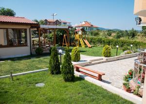 Guest House Moiata Kashta, Penzióny  Černomorec - big - 15