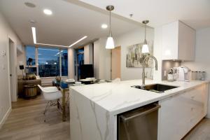 obrázek - Sub-Penthouse 3 bed - Ocean & Mountain Views