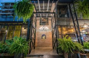 PX122 DBEST HOTEL - Ban Huai Kom