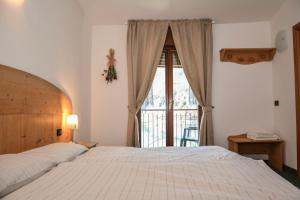 Albergo Mezzolago, Hotels  Mezzolago - big - 32