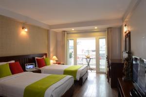 Golden Land Hotel, Hotels  Hanoi - big - 9