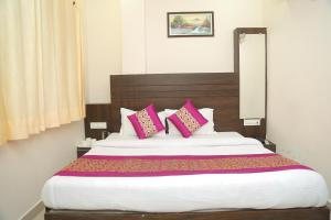 Hotel Golden Dreams, Hotel  Amritsar - big - 7