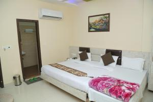 Hotel Golden Dreams, Hotel  Amritsar - big - 11
