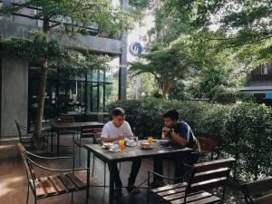 Come Moon Loft Hotel - Ban Phae Mai