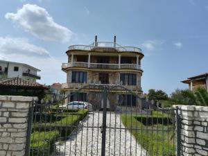 Nikolla Apartaments - Hamallaj