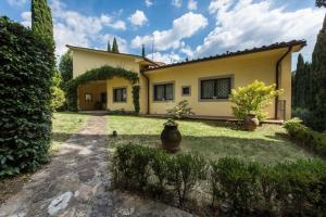 Fabulous Florentine Villa in the City.. - AbcAlberghi.com
