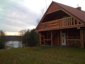 Dom Nad Jeziorem Białym