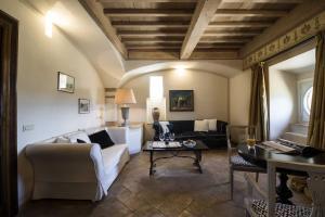 Castello di Velona Resort Thermal SPA & Winery, Hotels  Montalcino - big - 13