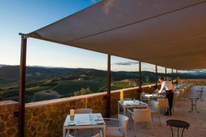 Castello di Velona Resort Thermal SPA & Winery, Hotels  Montalcino - big - 43