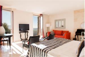 Castello di Velona Resort Thermal SPA & Winery, Hotels  Montalcino - big - 47