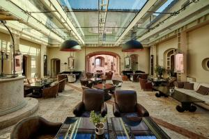 Castello di Velona Resort Thermal SPA & Winery, Hotels  Montalcino - big - 49