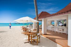 Diamonds Thudufushi Beach & Water Villas (23 of 100)
