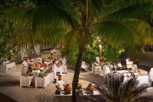 Diamonds Thudufushi Beach & Water Villas (18 of 100)