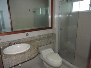 Casa Campestre El Peñon 5 Habitaciones, Aparthotels  Girardot - big - 3