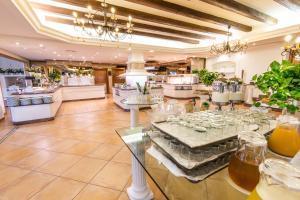 Mon Port Hotel & Spa (5 of 200)