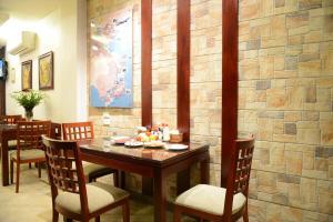 Golden Land Hotel, Отели  Ханой - big - 27