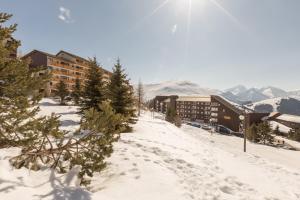 Pierre & Vacances Les Horizons d'Huez - Apartment - Alpe d'Huez