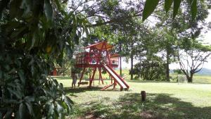 Pousada Canto do Lago, Гостевые дома  Пиракая - big - 26
