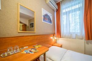 Central Green Hotel, Hotely  Budapešť - big - 75