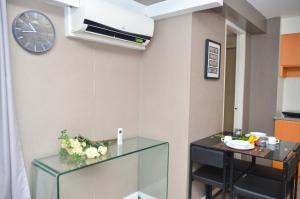 Oasis Regency @ Fort Victoria BGC, Апартаменты  Манила - big - 52
