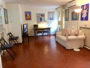 Conforto e tranquillitá nel centro di Napoli - AbcAlberghi.com