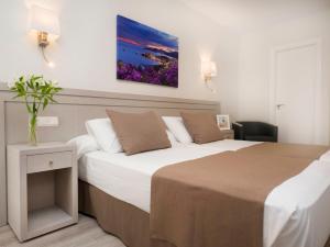 Hotel Helios - Almuñecar, Отели  Альмуньекар - big - 31