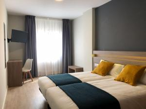 Standard Double or Twin Room Hotel Alda Estacion Pontevedra