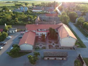 Hotel Lug, Hotel  Bilje - big - 6