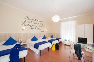 Des Artistes Budget Rooms - Rome