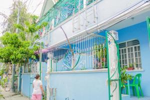 NoMadsMNL Backpackers Homestay, Проживание в семье  Манила - big - 116