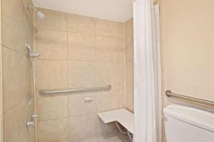 Days Inn by Wyndham Orlando Airport Florida Mall, Hotely  Orlando - big - 22