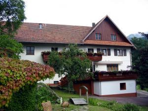 Schnurrenhof - Hundsbach