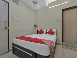 OYO 12181 Hotel Gravity, Hotels  Hyderabad - big - 8