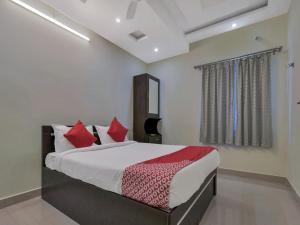 OYO 12181 Hotel Gravity, Hotels  Hyderabad - big - 5