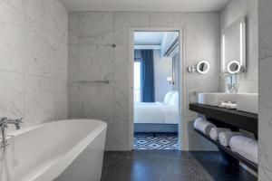 DoubleTree by Hilton Carcassonne (39 of 64)