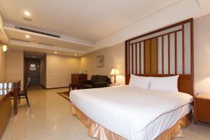 Slv Business Hotel - Wulai